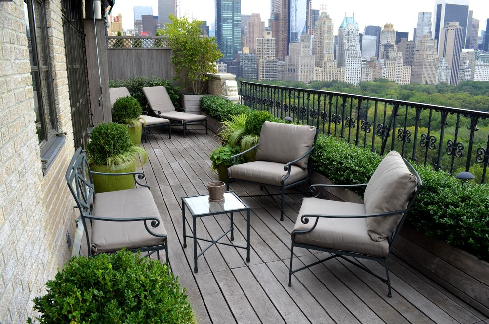 Simplistic And Rustic Describe The Perfect Balcony Garden. Vertical Space  Can Be Used In The Garden Combining Rustic Wood Elements With Light  Creating A ...